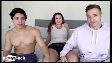 Подборка страстной ебли бисексуальной молодежи в формате МЖМ