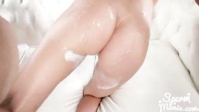 Стройной телке с красивой попкой японец устроил смачный проеб по сперме