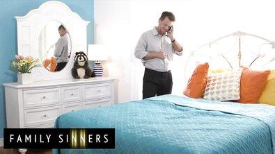 Отец и дочь решили весь ближайший уикенд проваляться в кровати